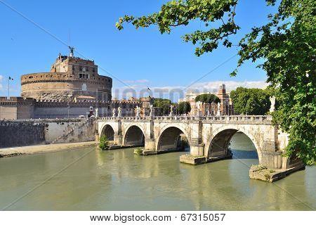 Rome. Sant'angelo Bridge