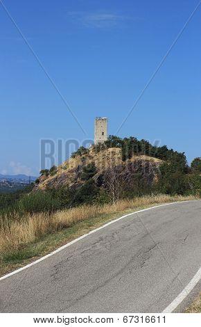 Rossena Tower