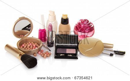 The set of decorative cosmetics, perfume