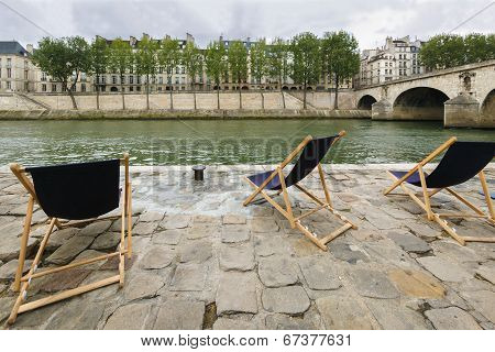River Seine Right Bank With View Of Ile Saint-louis And Pont Marie, Paris, France