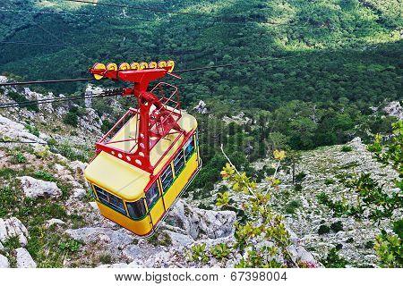 Ropeway In Yalta Leading To The Top Of Ai-petri Mountain, Crimea