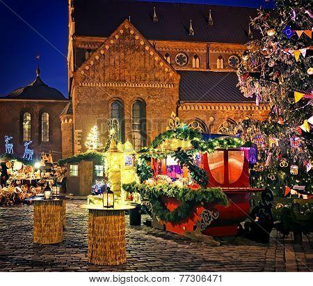 European Christmas Market Square3