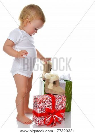 Infant Child Baby Toddler Kid Preparing Presents Gifts