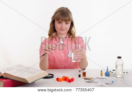 The Pharmacist Conducts Experiments