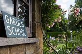 foto of manor  - Garden school held at Coton Manor in the uk  - JPG