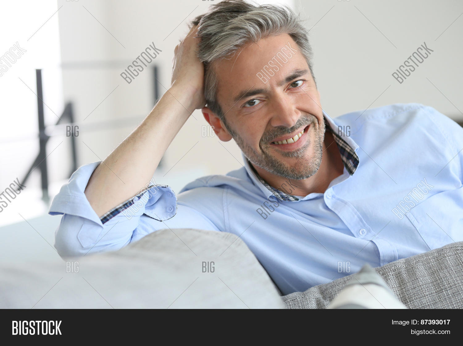45 year old man dating 50 year old