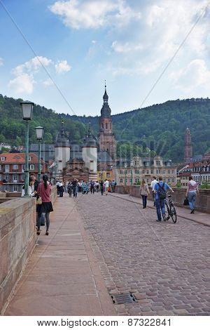 Bridge Over The River And Tourists In Summer Heidelberg