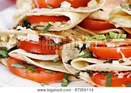 Goat Cheese And Tomato Wraps