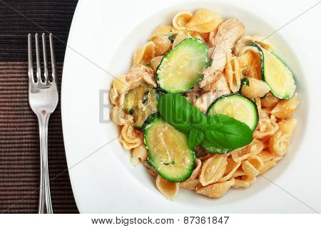 Pasta Shell With Zucchini
