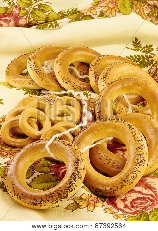Bagels With Poppy Seeds And Dried