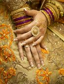 pic of jewelry  - Traditional indian bride with jewelry and gold henna - JPG