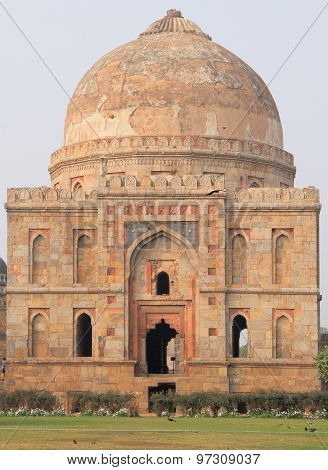 abandon temple in Delhi, India