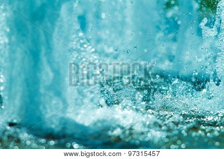 water splashes