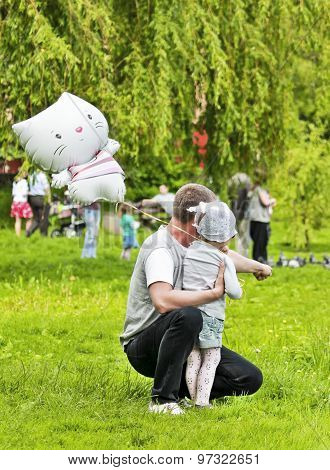 Dad and daughter in the park