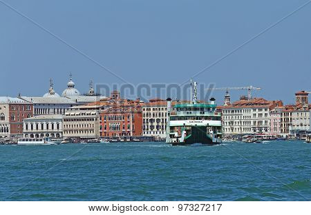 Venice, Ve - Italy. 14Th July, 2015: Ferryboat To Transport Cars And Vehicle From Venice Island To V
