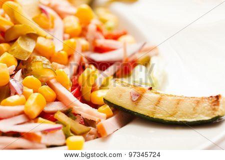 salad with corn