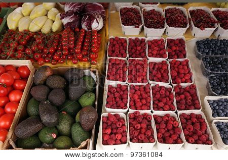 GERMANY MARKET FRUITS