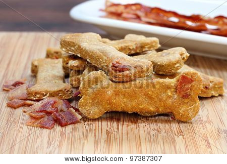 Pumpkin And Bacon Dog Biscuite, Healthy And Homemade.
