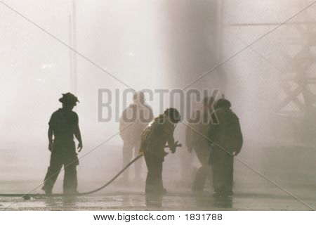 Los Angles Firemen And Firehose