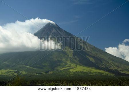Mt Mayon