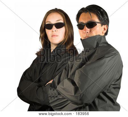 Paar In schwarz