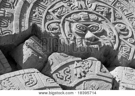 Ruínas de um antigo calendário asteca