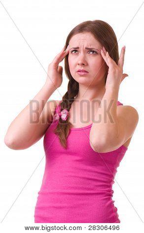 Schönes Mädchen mit schrecklichen Kopfschmerzen halten Kopf Schmerzen