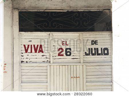 Edifício cubano com Propaganda