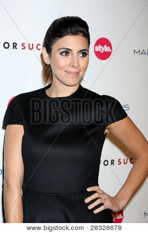 LOS ANGELES - NOV 7:  Jamie-Lynn Sigler arrives at the 3rd Annual Give & Get Fete at The London West Hollywood on November 7, 2011 in West Hollywood, CA
