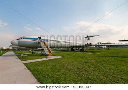 Ilyushin Il-62 Plane