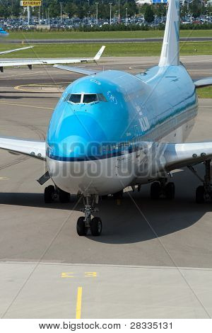 AMSTERDAM - JUNE 16: KLM Royal Dutch Airlines Boeing 747-400 at Schiphol airport June 16, 2009, Amsterdam, Netherlands. KLM is the flag carrier airline of the Netherlands. It operates worldwide.
