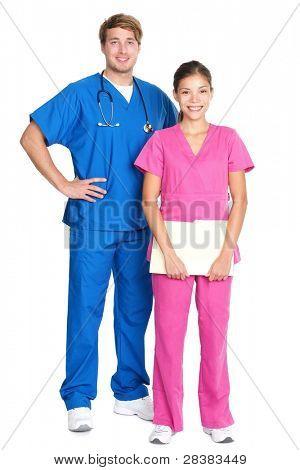 Medizinische Fachleute stehen isoliert. caucasian Jüngling oder young asian Woman Ärzte und Krankenschwestern