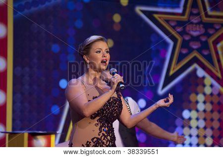 Anna Semenovich Sing
