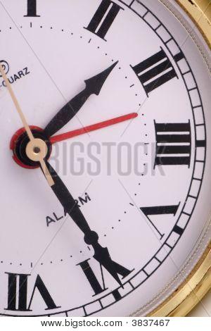 Golden Clock, Time