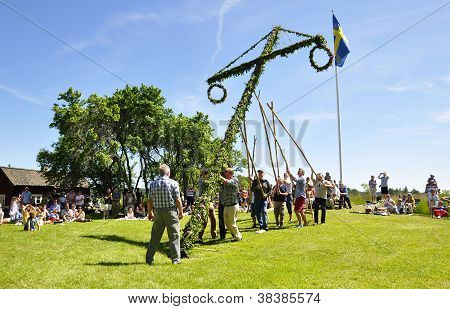 Maypole in midsummer