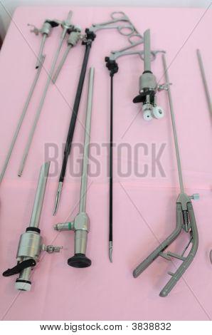 Equipos de cirugía mínimamente invasiva