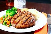 picture of pork chop  - image of delicious of tender pork chop meal