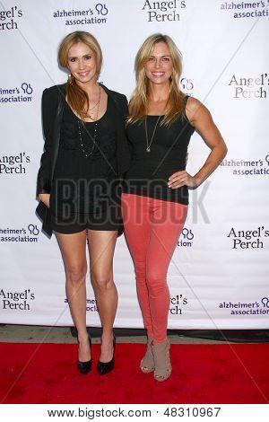 LOS ANGELES - JUL 17:  Ashley Jones, Kelly Sullivan arrives at the