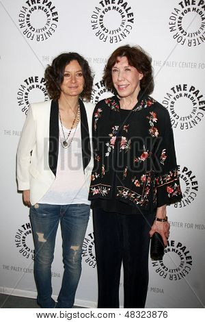 "LOS ANGELES - JUL 16:  Sara Gilbert, Lily Tomlin arrives at  ""An Evening With Web Therapy: The Craze Continues..."" at the Paley Center for Media on July 16, 2013 in Beverly Hills, CA"