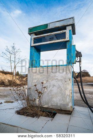 Vintage Old Gas