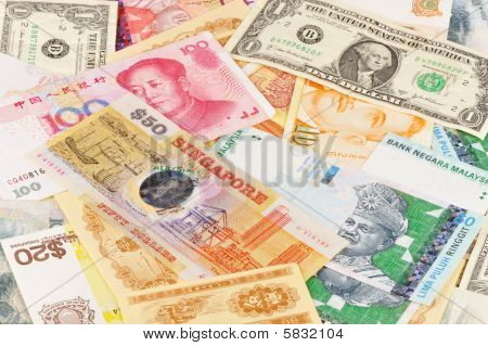 notes in different currencies
