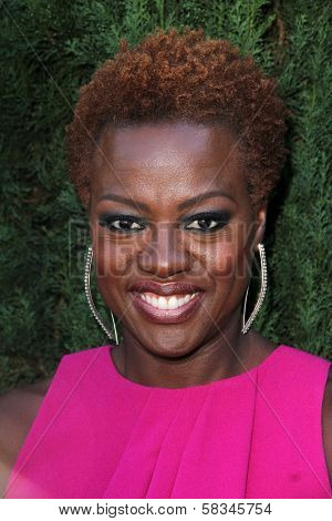 Viola Davis at the Rape Treatment Center Fundraiser hosted by Viola Davis and honoring Norman Lear, Greenacres, Neberly Hills, CA 10-14-12