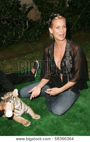Nicolette Sheridan at 2006 Safari Brunch Fundraiser For The Wildlife Waystation. Playboy Mansion, Los Angeles, CA. 10-14-06