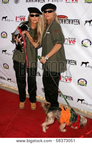 The Barbi Twins at The 5th Annual BowWowWeen Benefit Presented by Dog.com. Barrington Dog Park, Los Angeles, CA. 10-29-06