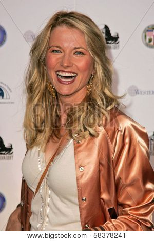 Lucy Lawless at the Griffith Observatory Re-Opening Galactic Gala. Griffith Observatory, Los Angeles, CA. 10-29-06