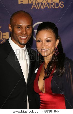 Kenny Lattimore and Chante Moore at the 2006 TNT Black Movie Awards. Wiltern Theatre, Los Angeles, CA. 10-15-06