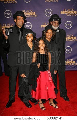 Mario Van Peebles with Melvin Van Peebles and family at the 2006 TNT Black Movie Awards. Wiltern Theatre, Los Angeles, CA. 10-15-06