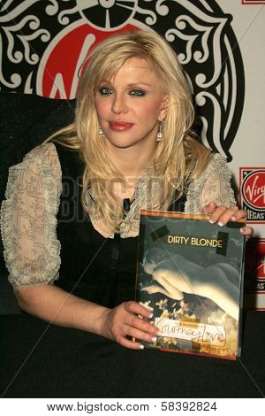 LOS ANGELES - NOVEMBER 07: Courtney Love at an in store appearance to promote her book