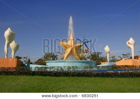 Cancun Plaza Caracol Starfish Fountain