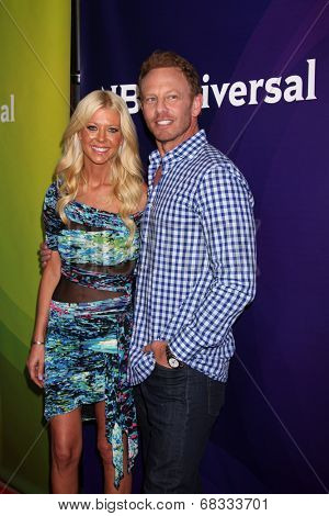 LOS ANGELES - JUL 14:  Ian Ziering, Tara Reid at the NBCUniversal July 2014 TCA at Beverly Hilton on July 14, 2014 in Beverly Hills, CA